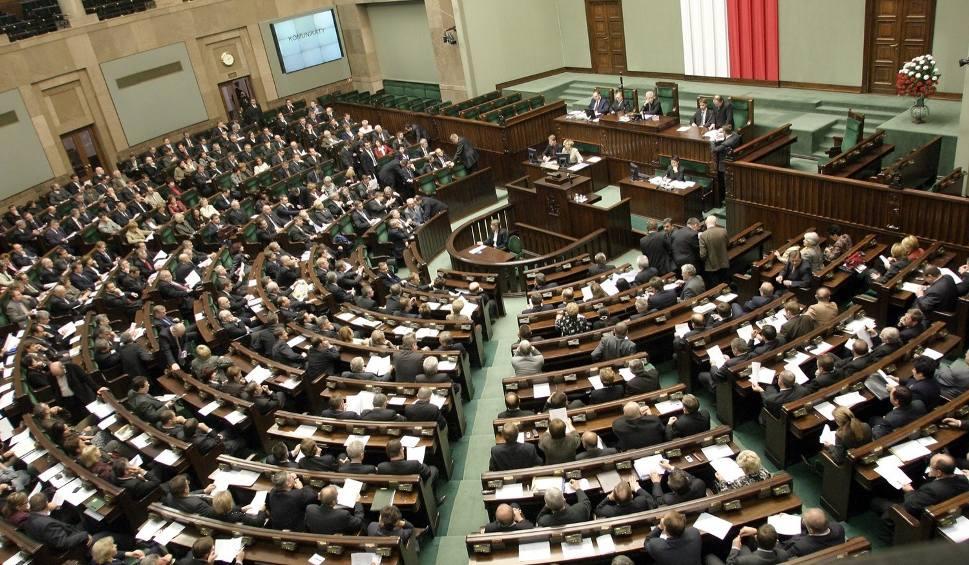 Film do artykułu: Oceń z nami posłów i senatorów z Łódzkiego! [JAK GŁOSOWAĆ]