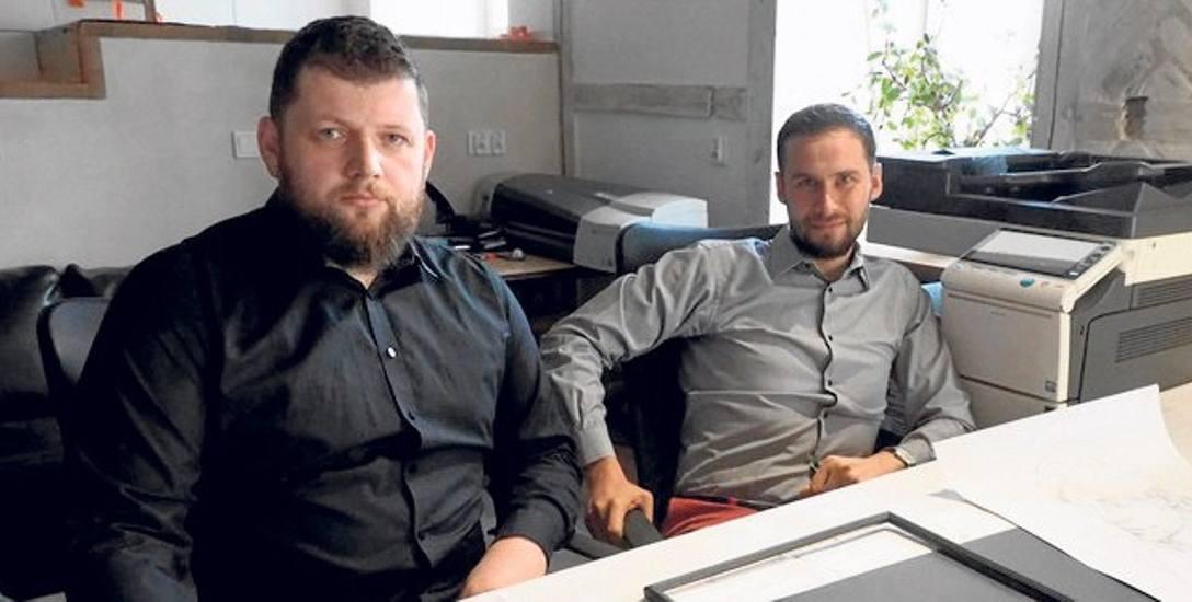 Adam Kamiński i Miłosz Janczewski, architekci z pracowni Św. Józefa