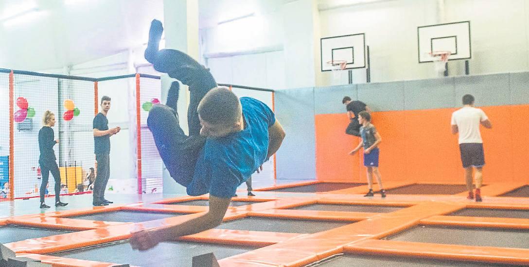Sky Jump w Radomiu, czyli czysta radość skakania na trampolinach