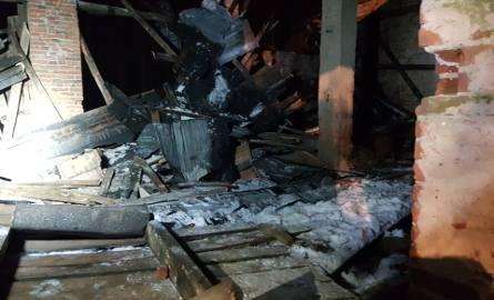 Katastrofa budowlana w Zgierzu. Zawalił się budynek dawnej cegielni [ZDJĘCIA,FILM]