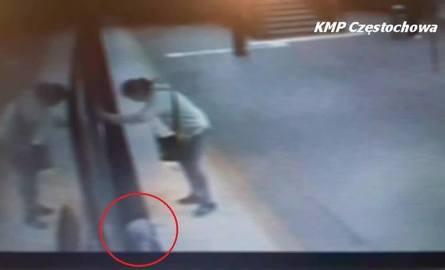 Dziecko spadło z peronu pod pociąg. Trwa proces. Obrońca żąda uniewinnienia matki