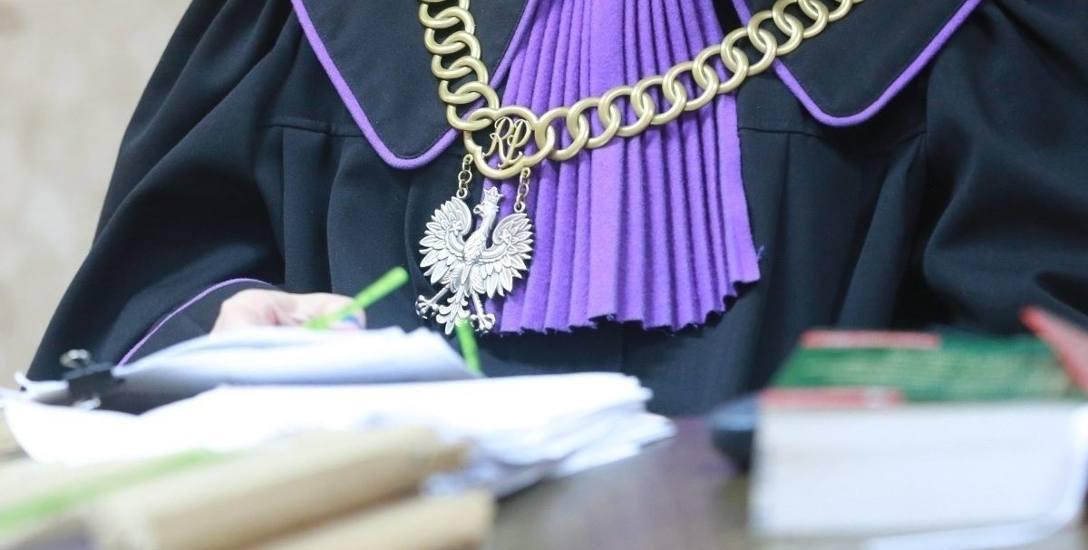 Sędziowie krytykują sądy dyscyplinarne i stają murem za sędzią ukaraną dyscyplinarką