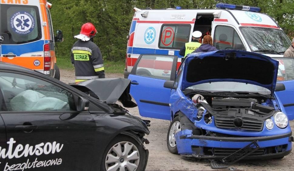 Film do artykułu: Wypadek na trasie Stale - Alfredówka. Kierowca jadł kanapkę