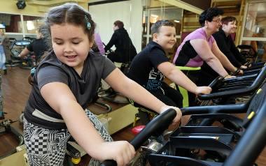 Według raportu WHO polskie dzieci tyją najszybciej w Europie. Przyczyną jest m.in. brak ruchu.