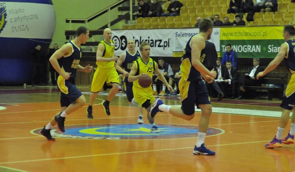 Film do artykułu: Koszykarze Siarki Tarnobrzeg przegrali 96:100 z Asseco Gdynia
