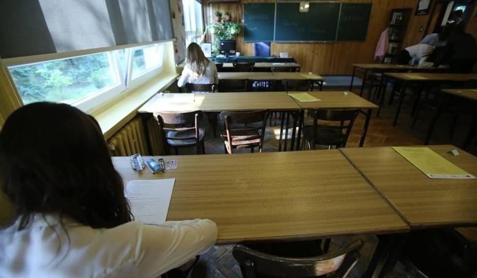 Film do artykułu: Poprawkowa matura. Dziś egzaminy ustne