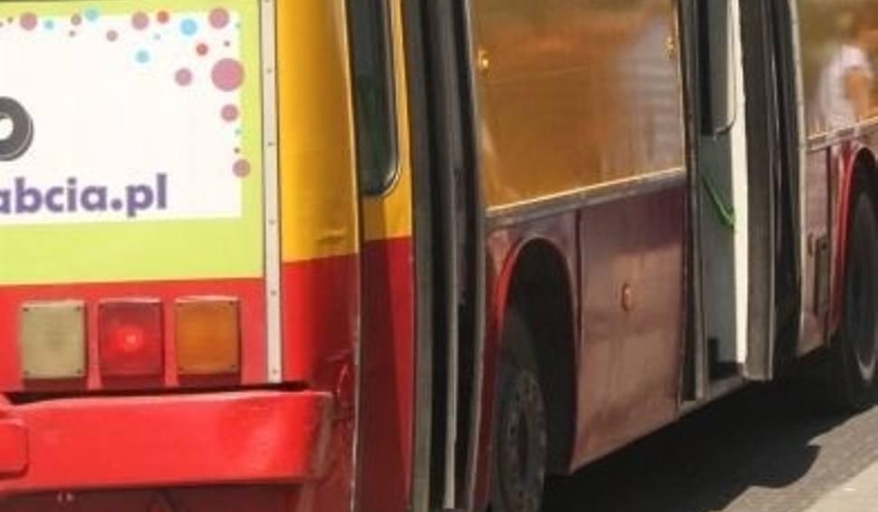 Film do artykułu: Wypadek z udziałem autobusu w Kielcach