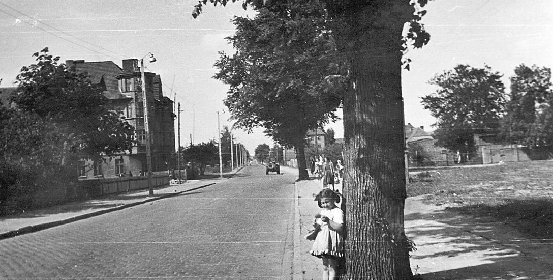 Drogi w Sławnie na przestrzeni lat. Miejskie ulice coraz bardziej zatłoczone