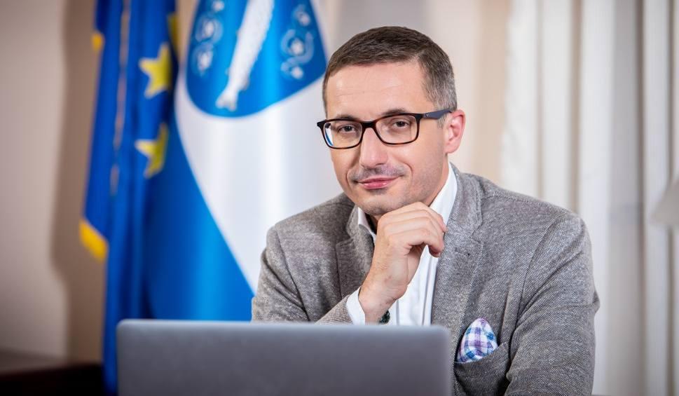 Film do artykułu: Wybory samorządowe Rybnik: Piotr Kuczera wygrywa w pierwszej turze wyborów. Dogrywki nie będzie