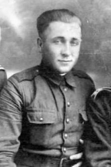 Józef Franczak ps. Lalek, Laluś, Laleczka, Guściowa, używał też nazwiska Józef Babiński (ur. 17 marca 1918 w Kozicach Górnych, zm. 21 października 1963