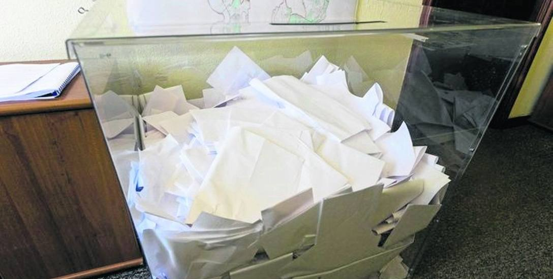 W tym roku głosy na kandydatów będziemy wrzucać  do przezroczystych urn. Ma to zapobiec oszustwom