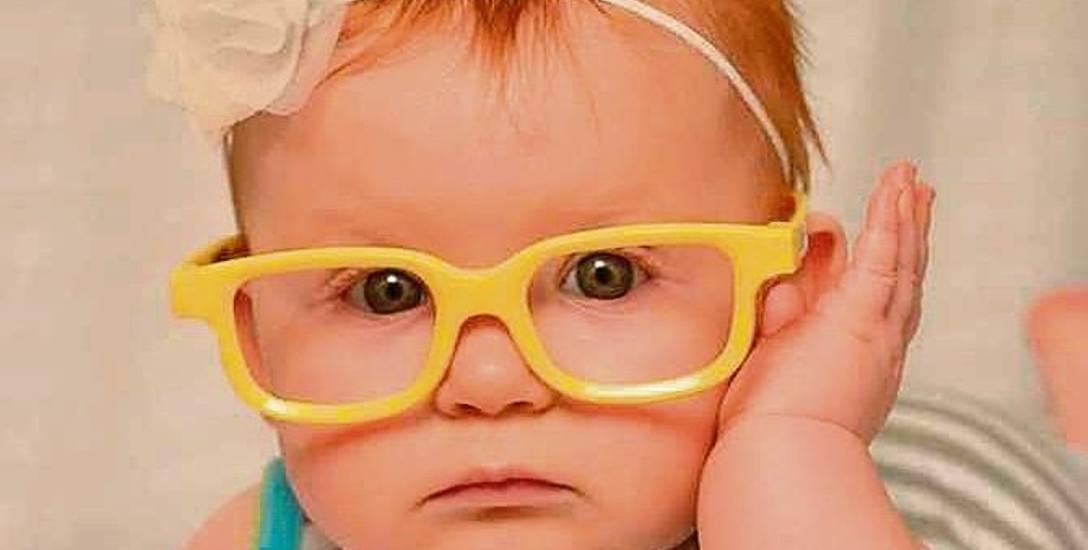 Dla niemowlaków optycy proponują okulary gumowe, które są elastyczne i trudne do zniszczenia