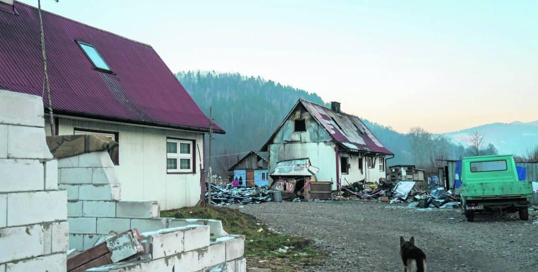 Romskie domy do rozbiórki