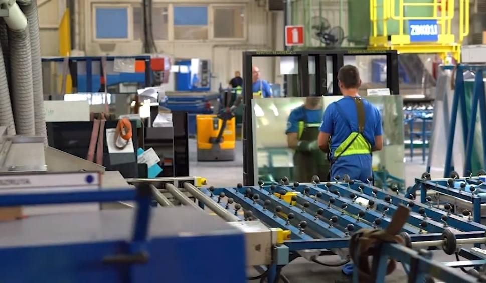 Film do artykułu: Chcesz pracować w nowoczesnym zakładzie, który dba o pracowników? Saint-Gobain czeka na Ciebie