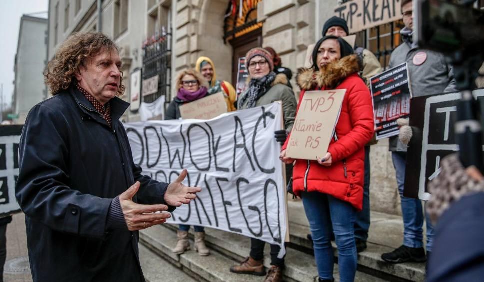 """Film do artykułu: Władze Sopotu: """"Media publiczne nie mogą być mediami partyjnymi"""". Rozpoczął się proces przeciwko dziennikarzowi i szefowej TVP3 Gdańsk"""