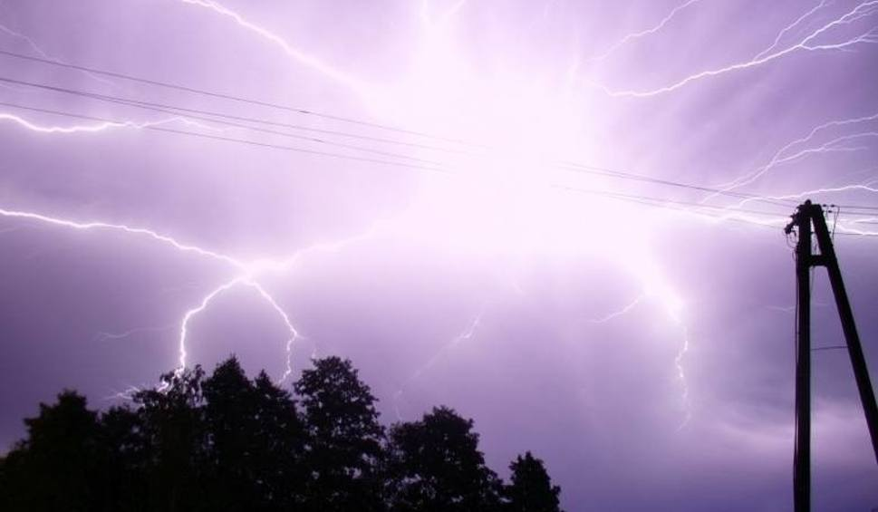 Film do artykułu: Uwaga. Możliwe burze z gradem w Szczecinie i regionie