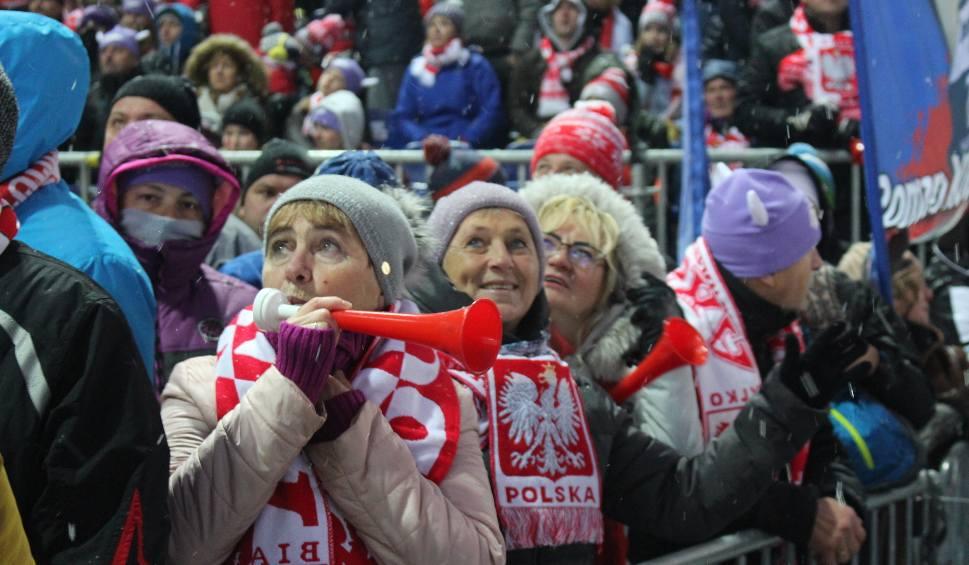 Film do artykułu: Skoki narciarskie w Wiśle ZDJĘCIA KIBICÓW Stoch poza podium, Jewgienij Klimow wygrywa konkurs indywidualny w Wiśle WIDEO + ZDJĘCIA