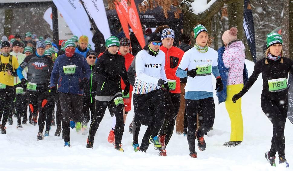 Film do artykułu: Ostatni bieg cyklu City Trail w Lublinie w zimowej scenerii (ZDJĘCIA)