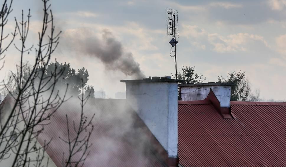 Film do artykułu: Smog w woj. śląskim. W sobotę fatalna jakość powietrza w regionie. Normy przekroczone