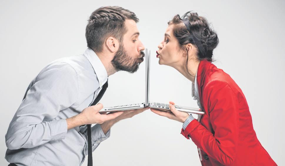 artykuły naukowe o randkach internetowych