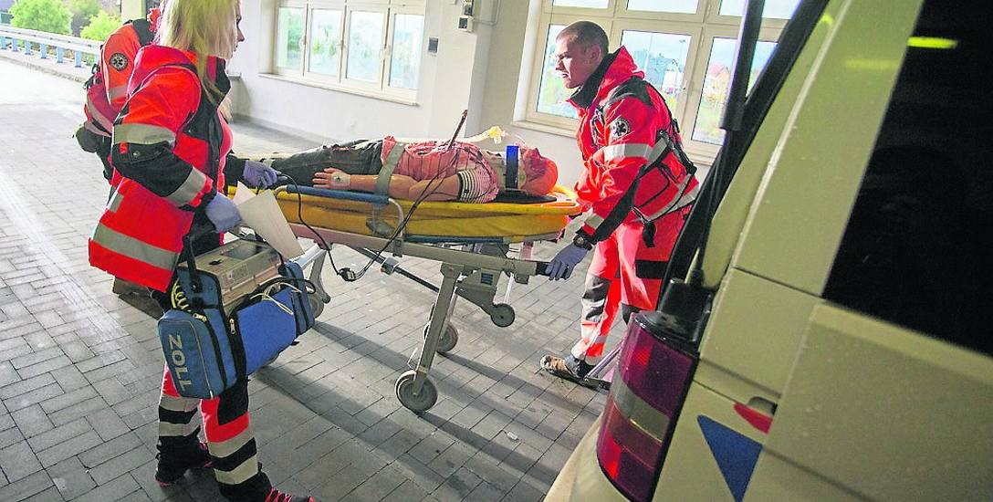 Więcej karetek z ratownikami i tylko jedna z lekarzem. Od lipca ma wejść w życie zaktualizowany plan ratownictwa medycznego w województwie pomorskim