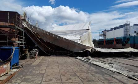 Zawalone rusztowanie w Stoczni Marynarki Wojennej w Gdyni [21.08.2017]