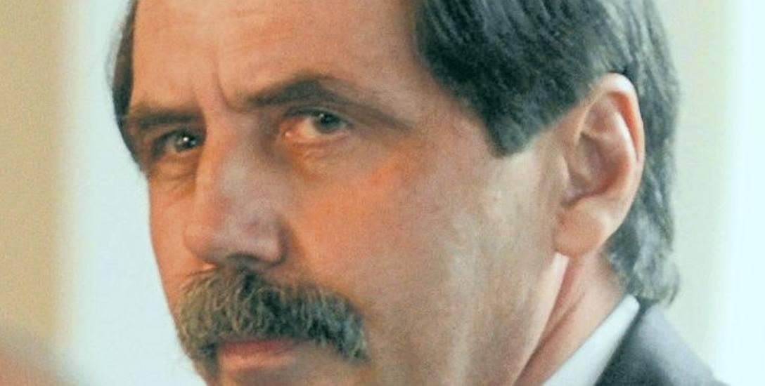 Zbigniew Nowek od 1998 do 2001 roku kierował Urzędem Ochrony Państwa. W latach 2005-2008 był szefem wywiadu
