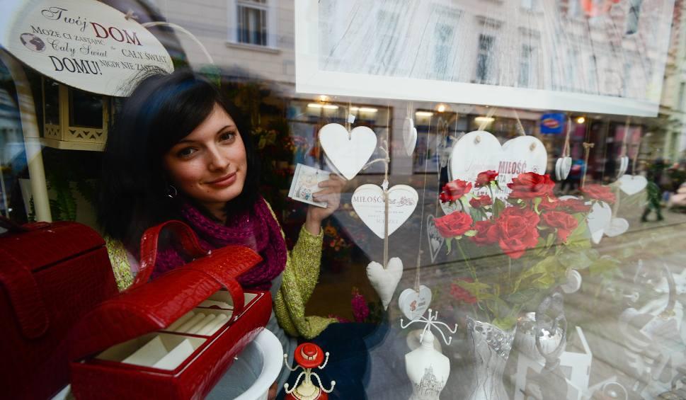 Kto Zarabia Na Walentynkach Nowoscicompl