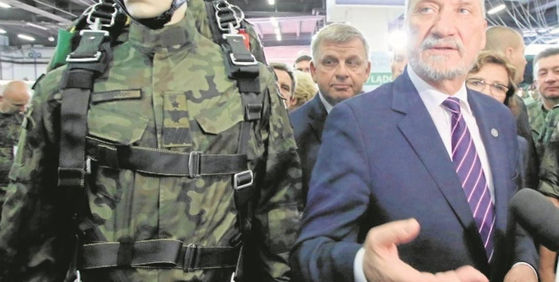 WOT mają podlegać bezpośrednio Antoniemu Macierewiczowi.