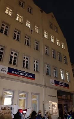 Protest kobiet w Gdańsku 27.01.2021 roku. Tłumy przed biurem PiS. Uzasadnienie wyroku TK w sprawie aborcji zostało w środę opublikowane
