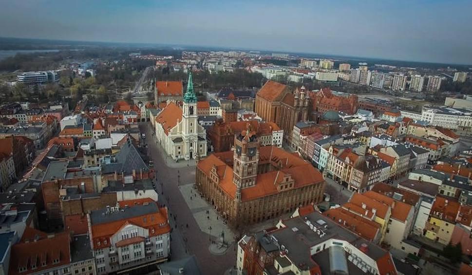 Film do artykułu: Wybory samorządowe w Toruniu 2018. Jakie pomysły na Toruń mają kandydaci?