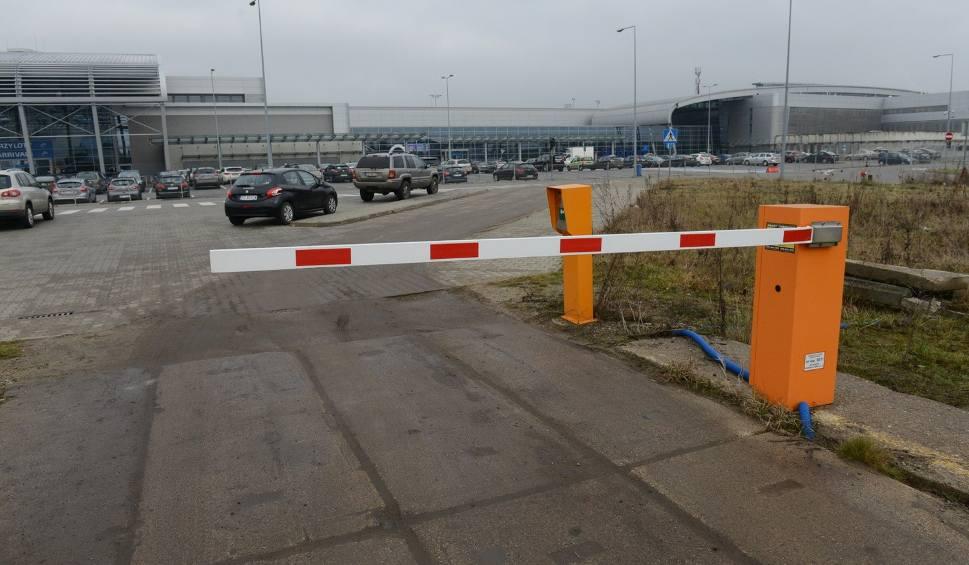 Parking lotniskowy W-wa zapewnia przyjazną a także profesjonalną obsługę.