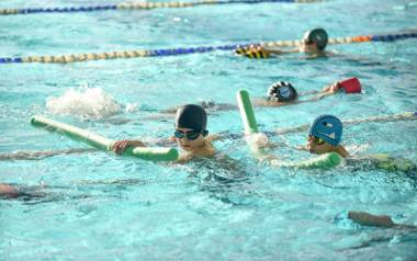 Poznań: Mały basen przy ul. Taborowej już działa. Na ponowne otwarcie dużego w dawnej pływalni Olimpia trzeba jeszcze poczekać