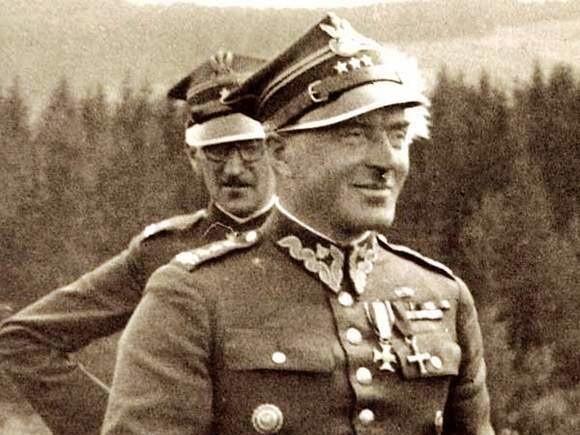 Order Virtuti Militari wraz dokumentami polskiego generała Niemcy przekazali rodzinie