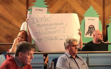 Parafia co miesiąc będzie płacić 330 zł za dzierżawę. Radni zdecydowali: Nad Rudzianką powstanie kościół