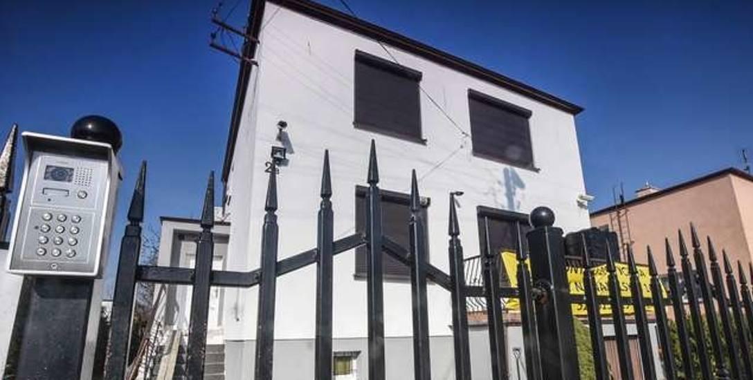 Drogi lokal mieścił się w niepozornym budynku przy ulicy Tuwima w Bydgoszczy.