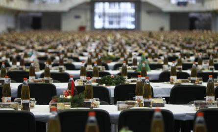 W tym roku, podczas wigilii, targi poznańskie ugoszczą 1300 osób.
