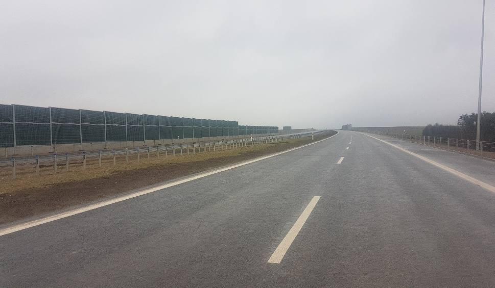 Film do artykułu: Otwierają kolejny odcinek drogi ekspresowej S7 między Chęcinami a Jędrzejowem!