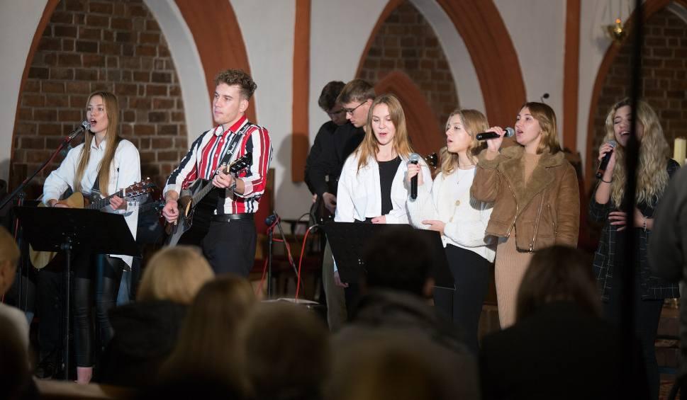 Film do artykułu: Cudowny koncert charytatywny dla Roberta w kościele Mariackim w Słupsku