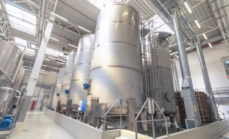 Firma Stock Polska zobowiązała się do usługowej rektyfikacji ponad 1 miliona litrów alkoholu na zamówienie Krajowego Ośrodka Wsparcia Rolnictwa