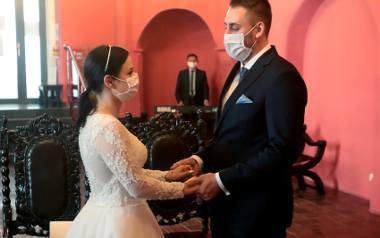 Pierwsze takie śluby w Szczecinie. Gratulacje dla młodej pary!