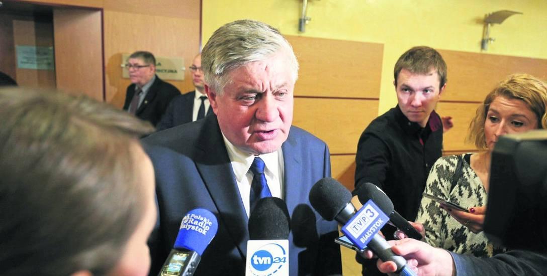 Zaraz po głosowaniu radnych Krzysztof Jurgiel zapowiedział, że niedługo ruszy zbiórka pieniędzy. Projekt miał być gotowy w ciągu pół roku. Zbiórka nie