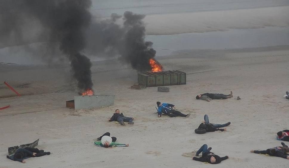 Film do artykułu: W Mrzeżynie na plaży rozbił się samolot pasażerski. Na szczęście to tylko ćwiczenia