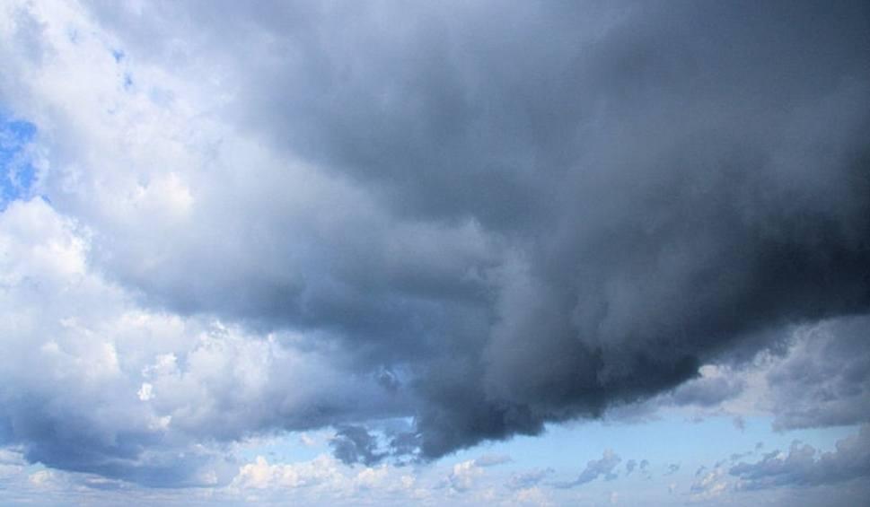 Film do artykułu: OSTRZEŻENIE METEOROLOGICZNE: IMGW wydał ostrzeżenia dla województwa lubuskiego o silnym wietrze