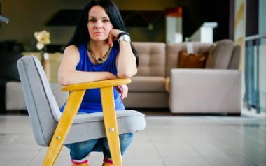 """Fotel """"chierek"""" to najpopularniejszy fotel w PRL, produkowany do lat 80 (ub. st). Dziś egzemplarz po renowacji kosztuje 950 zł."""