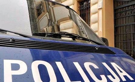 20-latek uciekał przed policją z ciężarną pasażerką