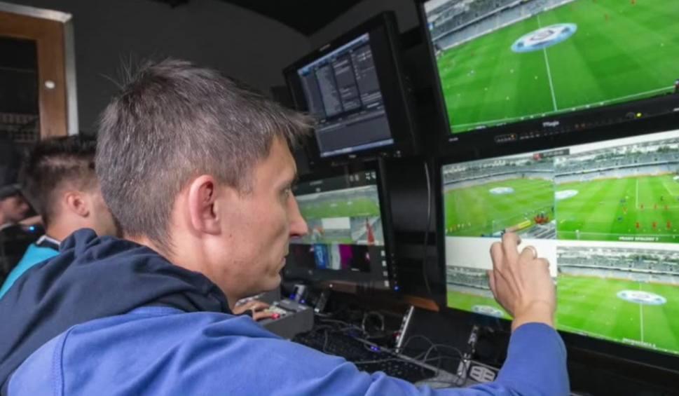 Film do artykułu: Kluby chcą VAR. System powtórek od przyszłego roku w Premier League