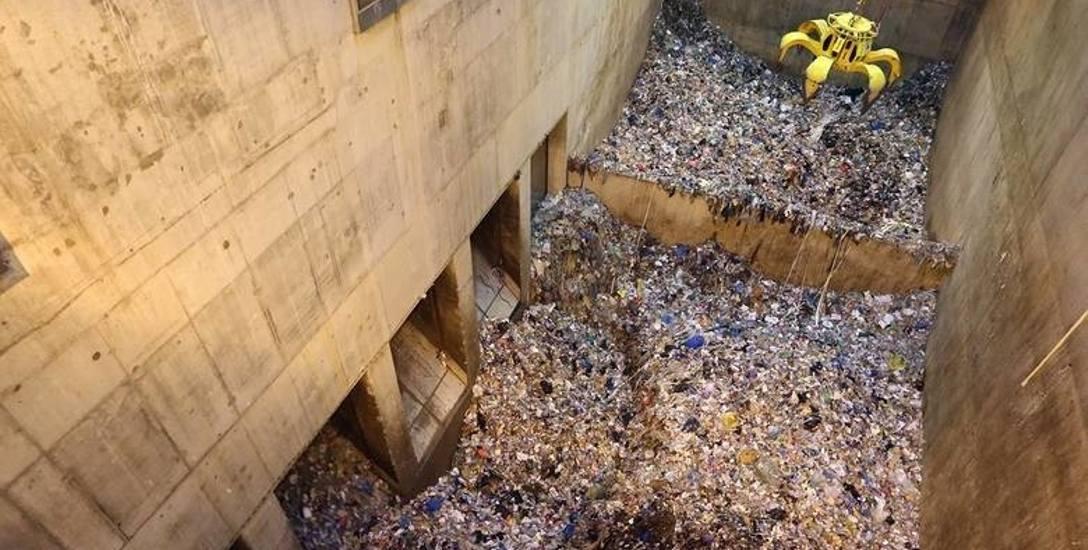 Jest spalarnia, a nie jest taniej za odpady. Sprawdzamy, dlaczego musimy płacić więcej za śmieci