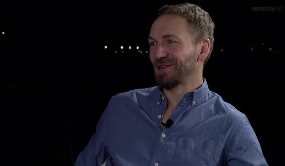 Film do artykułu: Przemek Kossakowski o swoich podróżach: Jaką wódkę lubią duchy? To oczywiste - Bajkał! [ESPRESSO]
