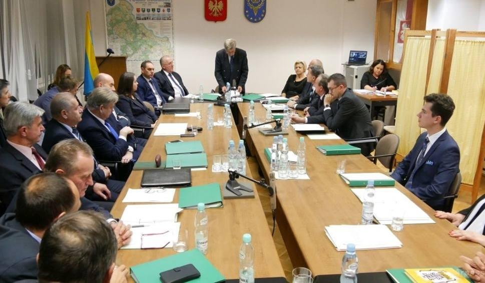 Film do artykułu: Sesja Rady Powiatu Kozienickiego. Zostaną powołane komisje Rady Powiatu